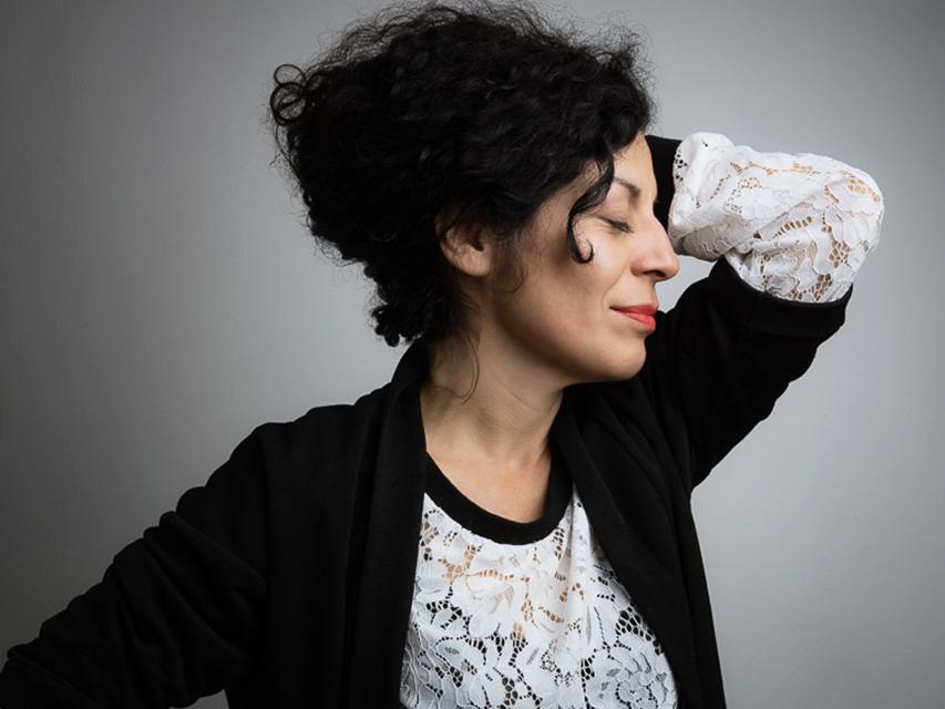 Karina Villavicencio, Performance Künstlerin
